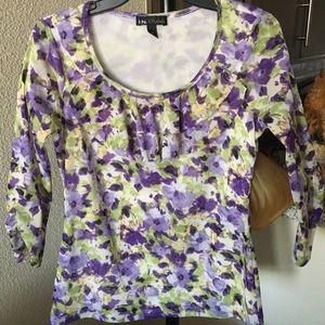 Pretty purple flowered top